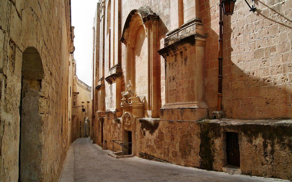 Malta'ya Ulaşım